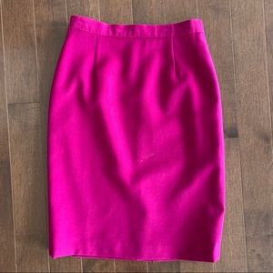 Vintage magenta pink 100% wool pencil skirt size 4